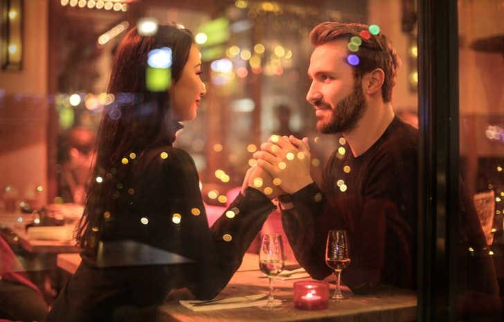 Een narcist herkennen bij de eerste ontmoeting